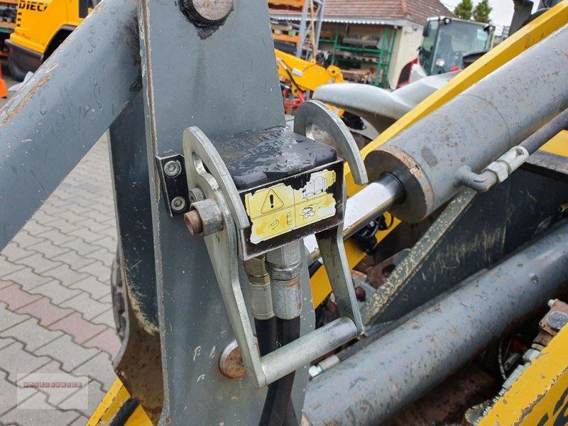 Radlader des Typs Kramer 480 - 40 Km/h mit Schaufel, Palettengabel uvm, Gebrauchtmaschine in Tarsdorf (Bild 4)