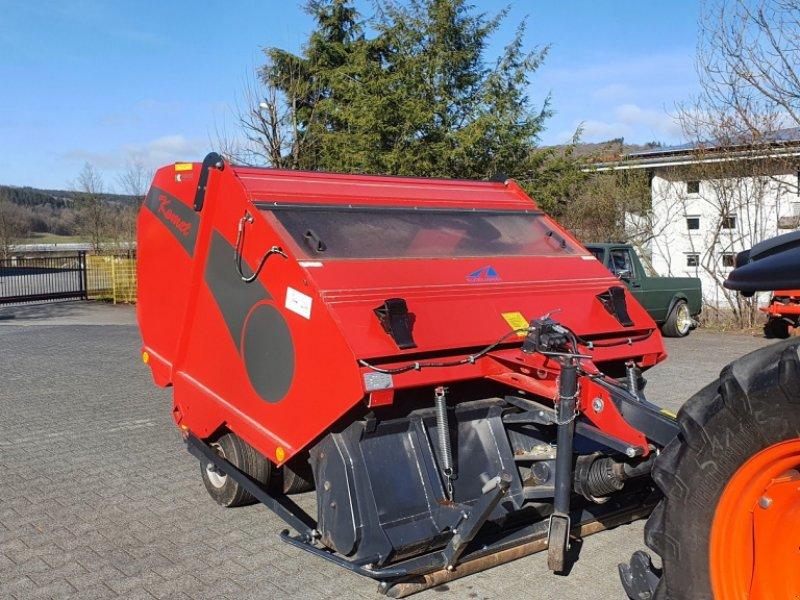 Rasenkehrmaschine & Laubkehrmaschine типа Kugelmann Komet AMM 180 Vertikutierer, Gebrauchtmaschine в Olpe (Фотография 1)