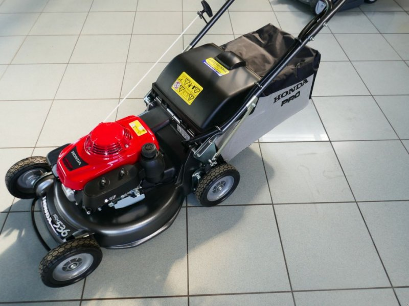 Rasenmäher des Typs Honda HRH 536 HX, Gebrauchtmaschine in Villach (Bild 1)