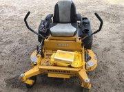 """Hustler  Raptor FilpUp 48"""" fűnyíró traktor"""