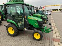 John Deere 2026R Traktorek ogrodowy