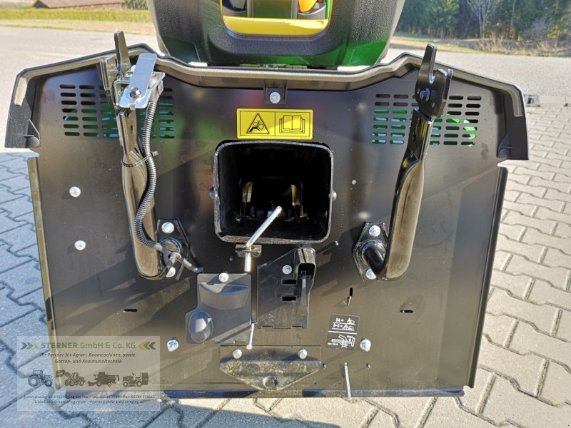 Rasentraktor des Typs John Deere X350R, Neumaschine in Eging am See (Bild 14)