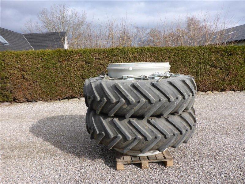 Reifen a típus AP 18.4 X 38 Rigtige gode dæk på, Gebrauchtmaschine ekkor: Slagelse (Kép 1)