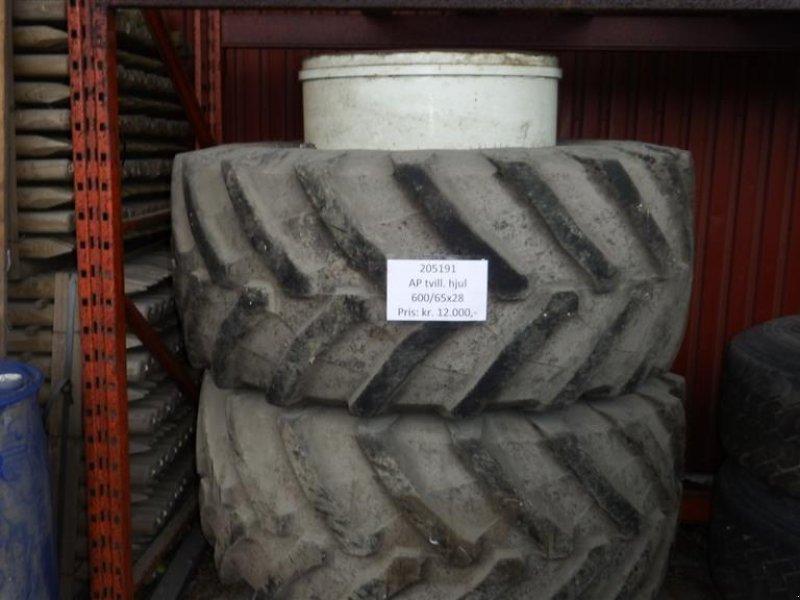 Reifen типа AP 600/65R28, Gebrauchtmaschine в Hobro (Фотография 1)