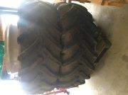 AP 650/65R42 Tvillinghjul. Ελαστικά