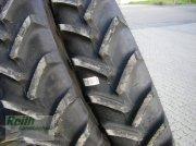 Reifen des Typs BKT 340/85 R 48  neu, Neumaschine in Brunnen