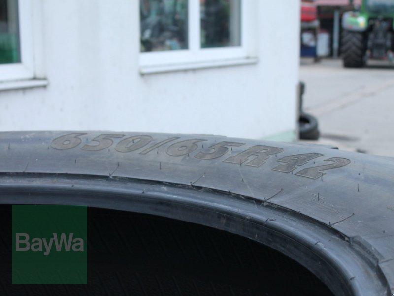 Reifen des Typs BKT 650/65 R42, Gebrauchtmaschine in Straubing (Bild 3)