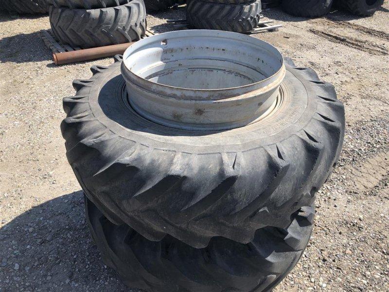 Reifen типа Dunlop 20.8R38, Gebrauchtmaschine в Brørup (Фотография 1)