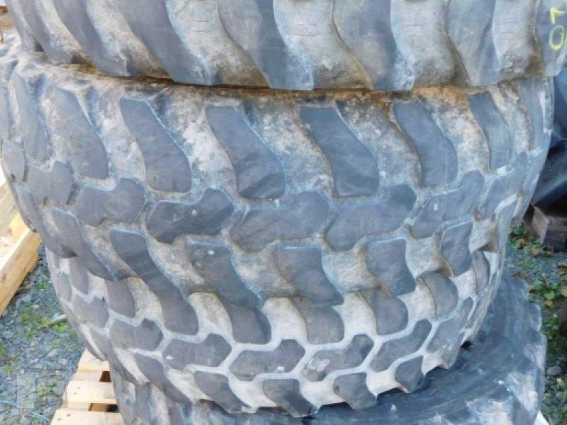 Reifen типа Dunlop 335/80R20 P9, Gebrauchtmaschine в Gross-Bieberau (Фотография 1)