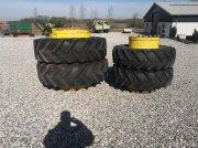 Reifen типа Good Year 20.8-42 og 16,9-30 tvillingehjul sæt, Gebrauchtmaschine в Thorsø