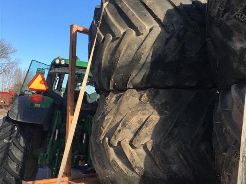 Reifen typu Good Year terrahjul, 2 stk. 71x47.00-25 og 2 stk. 54x3100-26, Gebrauchtmaschine w øster ulslev (Zdjęcie 1)