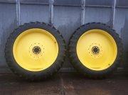 Reifen des Typs John Deere 13.6 R 48  oder 340/85 R 48, Gebrauchtmaschine in Rheda-Wiedenbrück