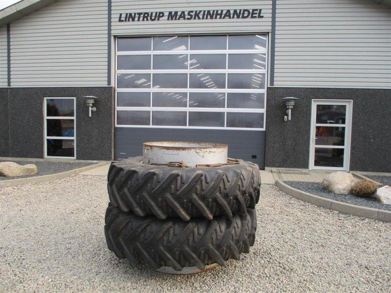 Reifen типа Kleber 18.4R38 Med ring og 5 låse, Gebrauchtmaschine в Lintrup (Фотография 1)