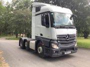 Mercedes-Benz Actros 2543LS Reifen