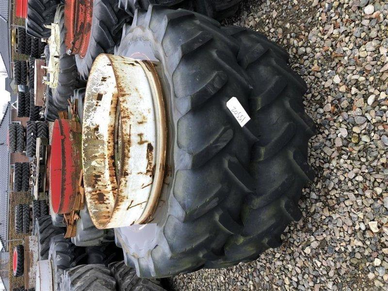 Reifen типа Michelin 14.9 R38, Gebrauchtmaschine в Rødekro (Фотография 1)
