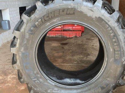 Reifen des Typs Michelin 2 x  650/65 R38 Multibib, Gebrauchtmaschine in Wülfershausen an der Saale (Bild 1)