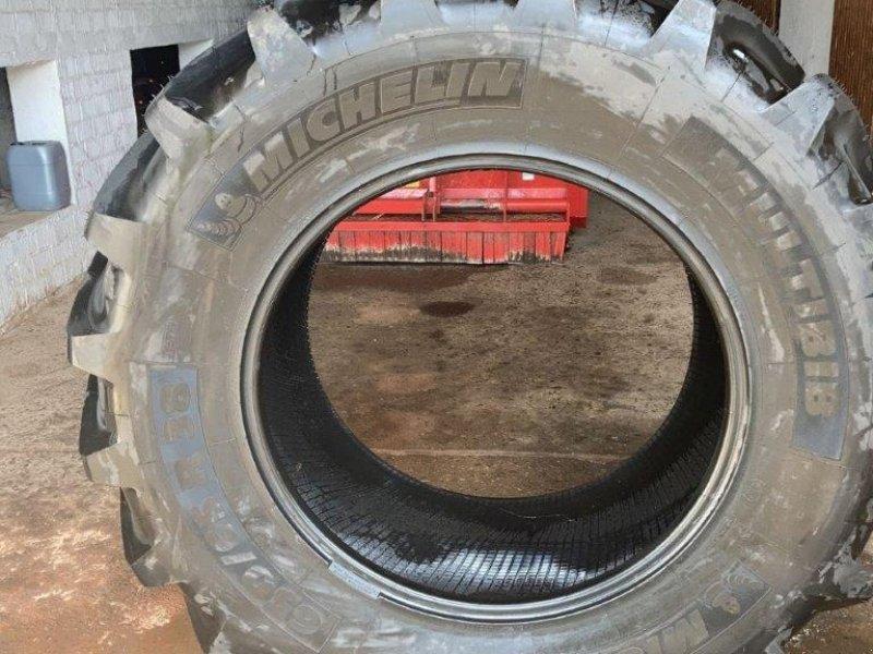 Reifen du type Michelin 2 x  650/65 R38 Multibib, Gebrauchtmaschine en Wülfershausen an der Saale (Photo 1)