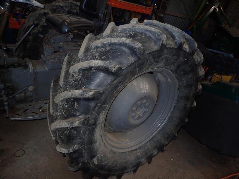 Reifen типа Michelin 480/65R28 2 stk. 70% 30%, Gebrauchtmaschine в Egtved (Фотография 2)
