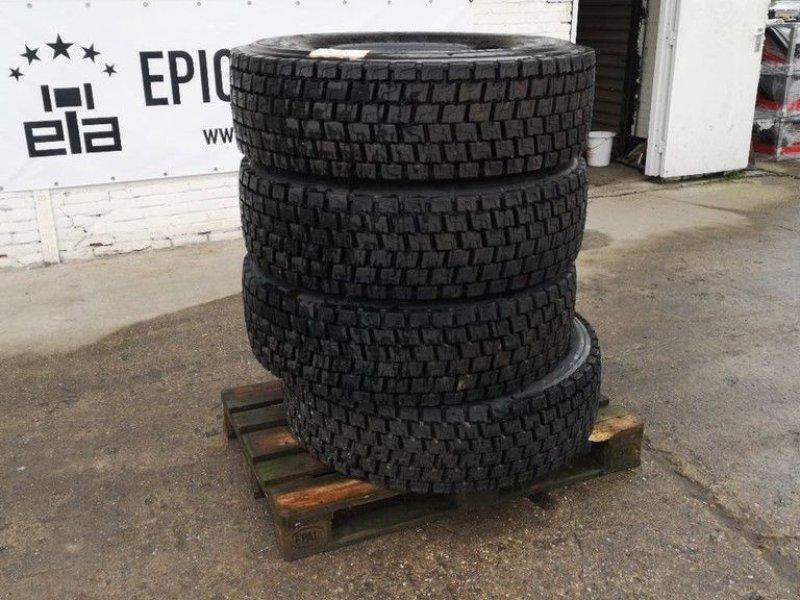 Reifen типа Michelin 4x 315/70 R22.5, Gebrauchtmaschine в Leende (Фотография 1)