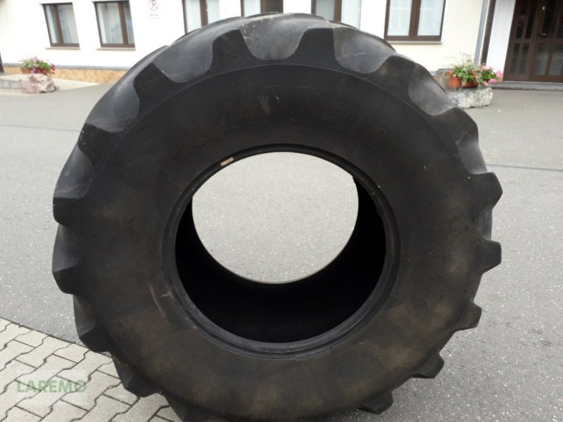 Reifen des Typs Michelin 600/70 R 28 MachXBIB, Gebrauchtmaschine in Langenwetzendorf (Bild 1)