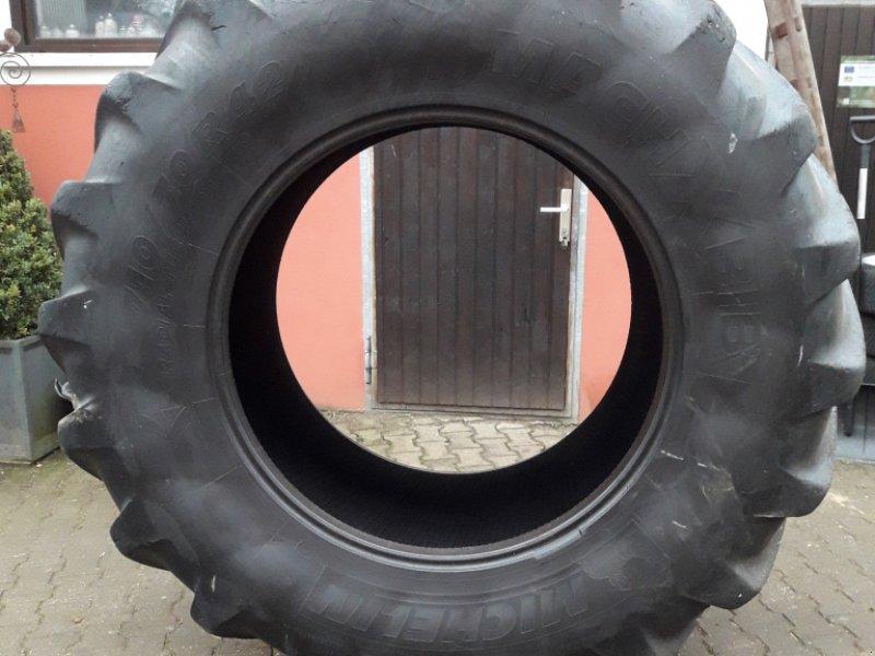 Reifen типа Michelin 710/70 R42, Gebrauchtmaschine в Altdorf (Фотография 1)