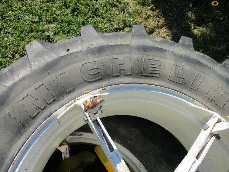 Reifen типа Michelin Michelin tvillinghjul, Gebrauchtmaschine в Østbirk (Фотография 5)
