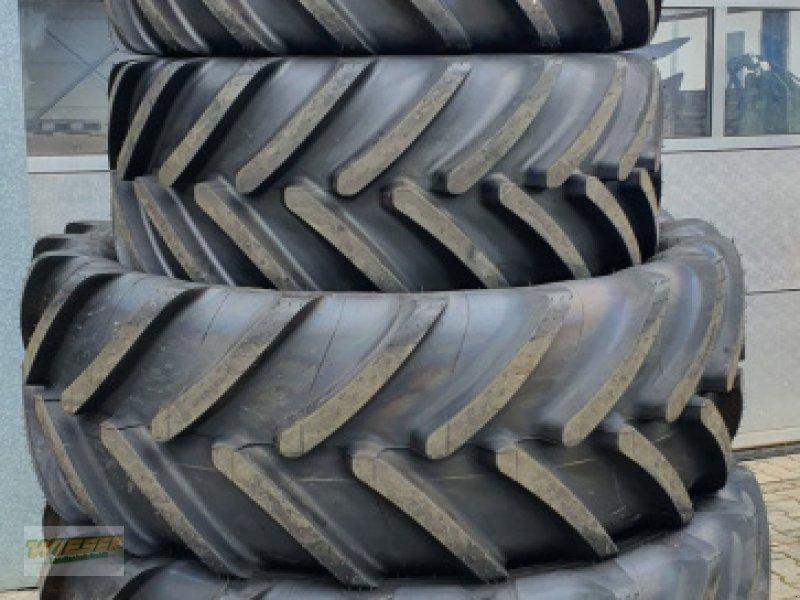 Reifen des Typs Michelin MultiBib 600/65 R38, Neumaschine in Frauenneuharting (Bild 1)