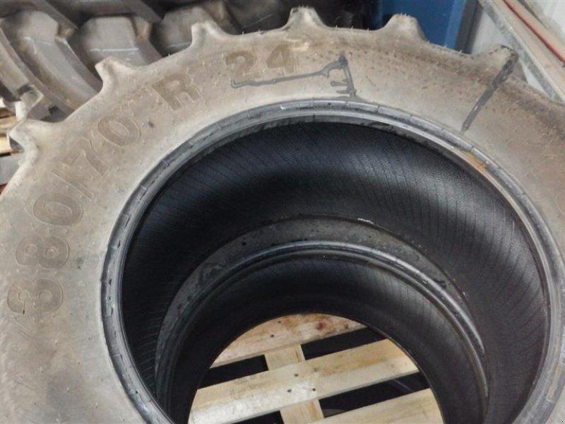 Reifen типа Mitas 380/70x24, Gebrauchtmaschine в Hobro (Фотография 3)