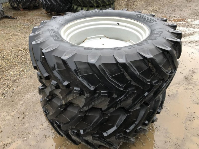 Reifen типа Pirelli 600/65 R38, Gebrauchtmaschine в Brørup (Фотография 1)