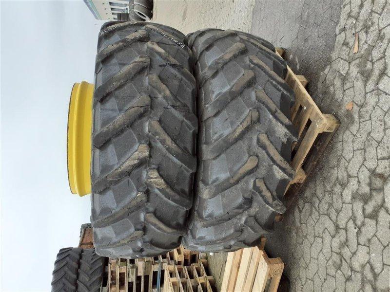 Reifen des Typs Pirelli 650/85-R38 TM 900, Gebrauchtmaschine in Danmark (Bild 1)