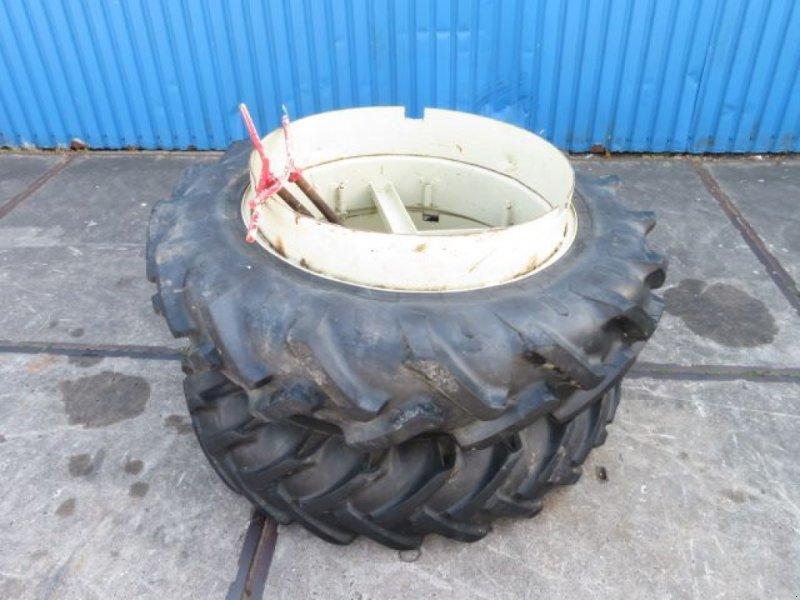 Reifen типа Pirelli Dubbellucht, Gebrauchtmaschine в Joure (Фотография 1)