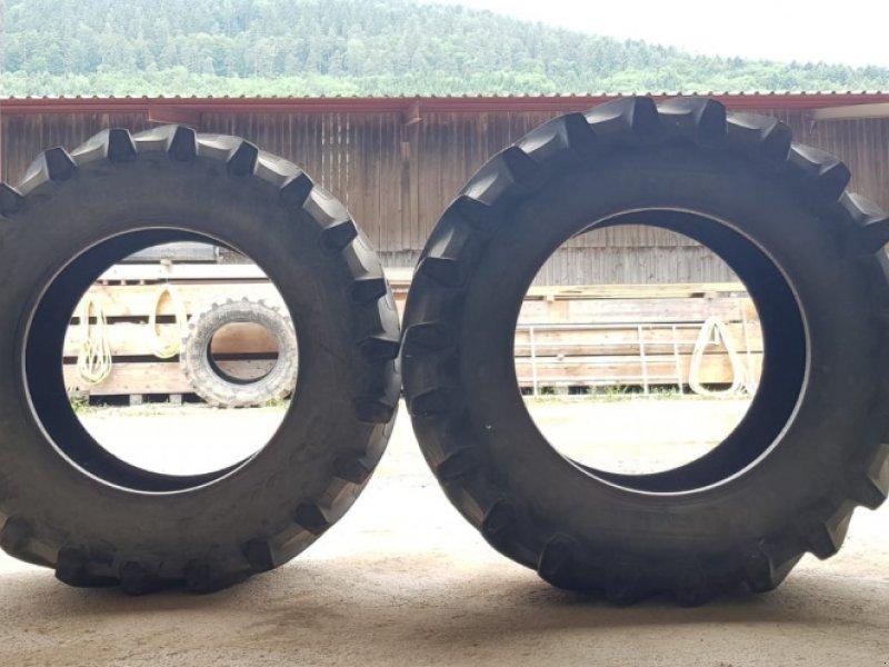 Reifen типа Pirelli TM 800, Gebrauchtmaschine в Weilbach (Фотография 1)