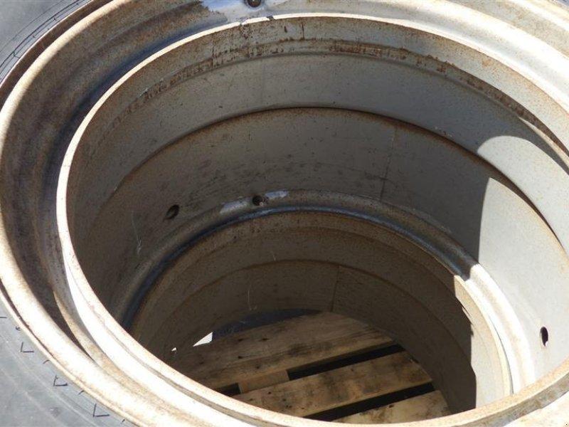 Reifen типа Sonstige 16,9X34, Gebrauchtmaschine в Hobro (Фотография 2)