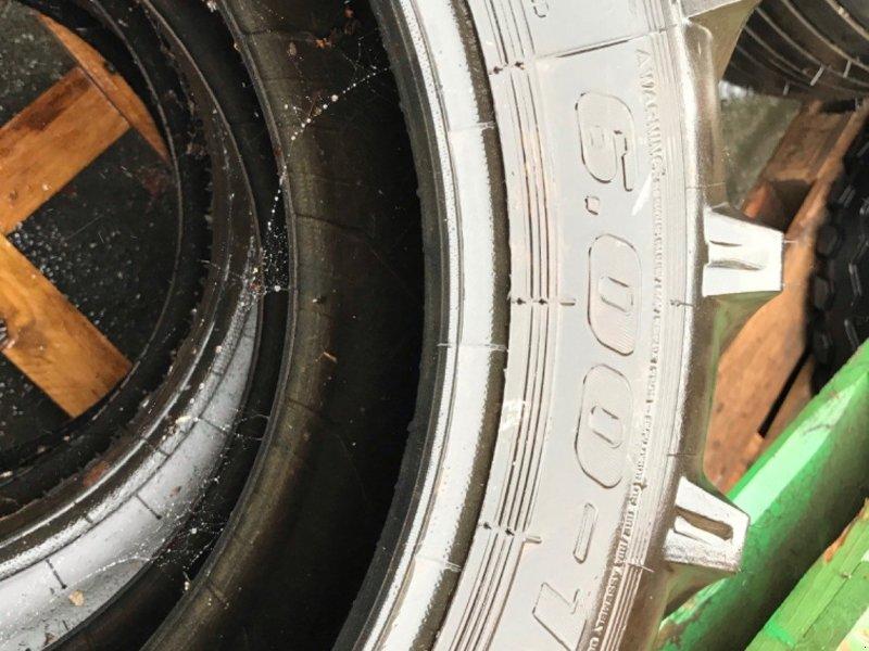 Reifen типа Sonstige 6.00-16, Gebrauchtmaschine в LA SOUTERRAINE (Фотография 1)