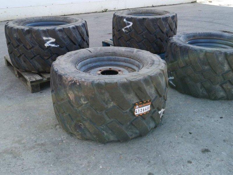 Reifen типа Sonstige BKT 560/45 R22.5, Gebrauchtmaschine в Leende (Фотография 1)