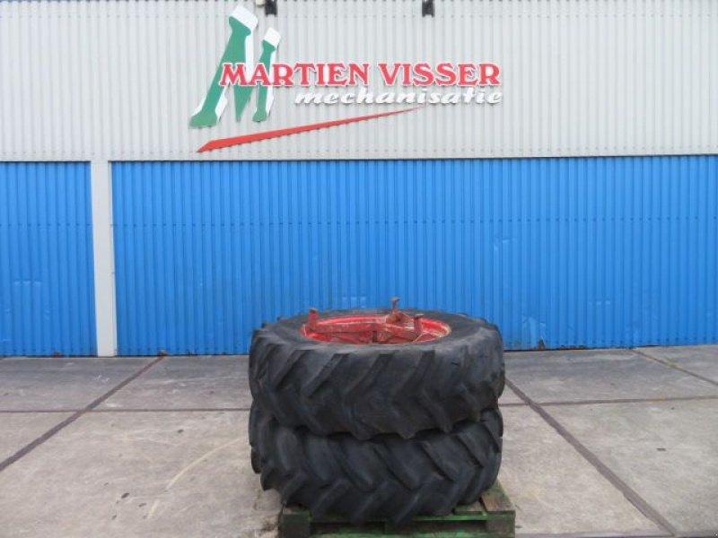 Reifen типа Sonstige Goodyear 16.9r34, Gebrauchtmaschine в Joure (Фотография 1)