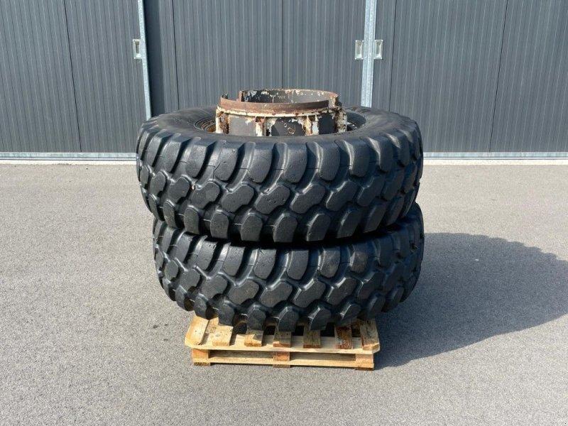 Reifen типа Sonstige Goodyear 440/80R28, Gebrauchtmaschine в BENNEKOM (Фотография 1)