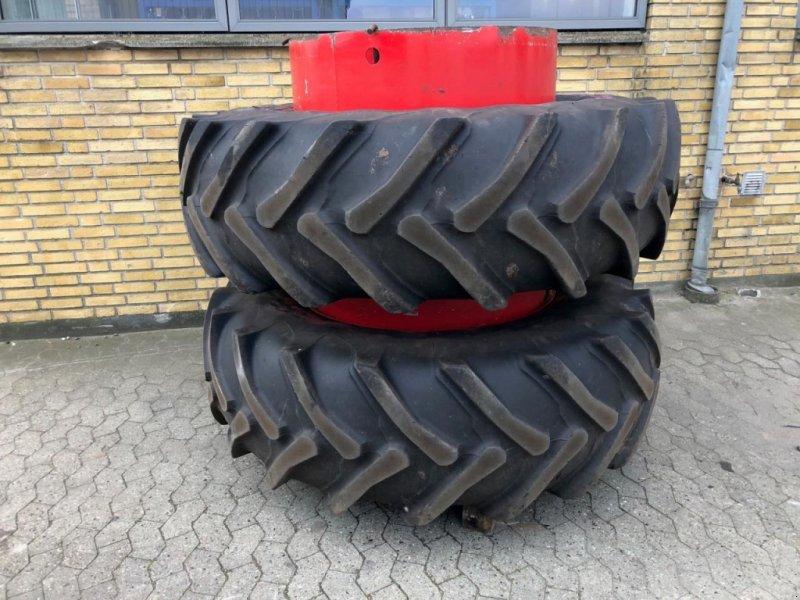 Reifen типа Taurus 20.8 R38, Gebrauchtmaschine в Odder (Фотография 1)