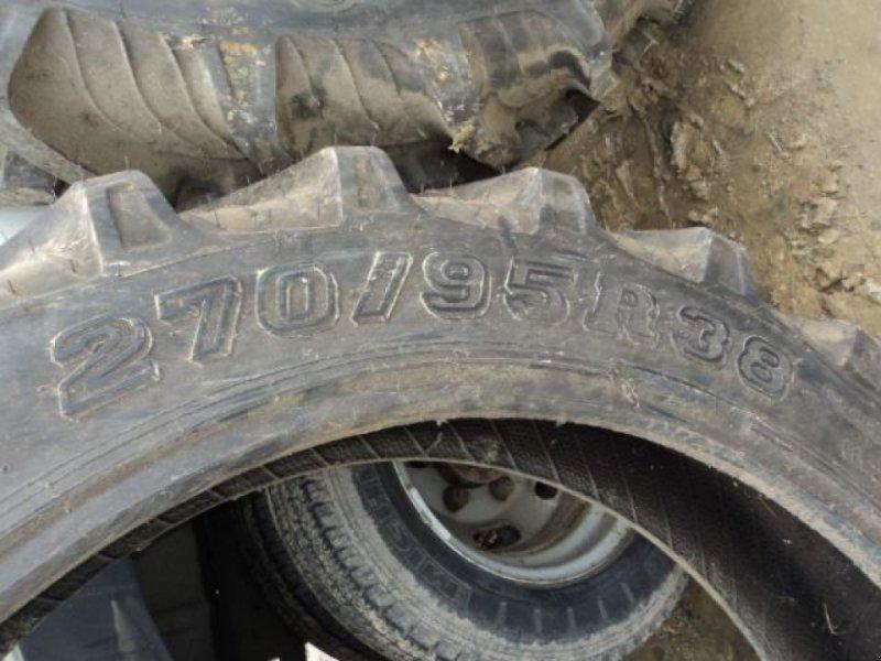 Reifen типа Taurus 270/95R38, Gebrauchtmaschine в MOULLE (Фотография 1)