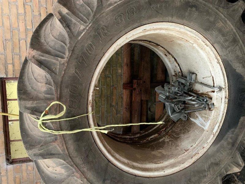 Reifen типа Taurus 580/70 R38, Gebrauchtmaschine в Aabenraa (Фотография 1)