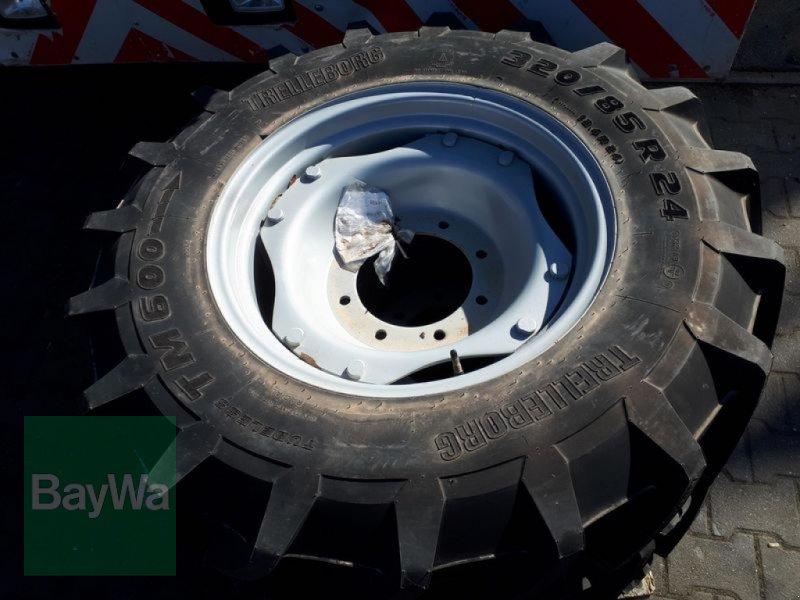 Reifen des Typs Trelleborg 320/85 R24, Neumaschine in Fürth (Bild 1)