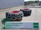 Reifen des Typs Trelleborg 520/70 R34 mit Schneeketten in Bamberg