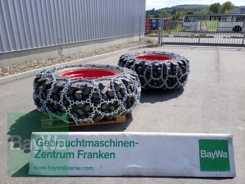 Reifen des Typs Trelleborg 520/70 R34 mit Schneeketten, Gebrauchtmaschine in Bamberg (Bild 1)
