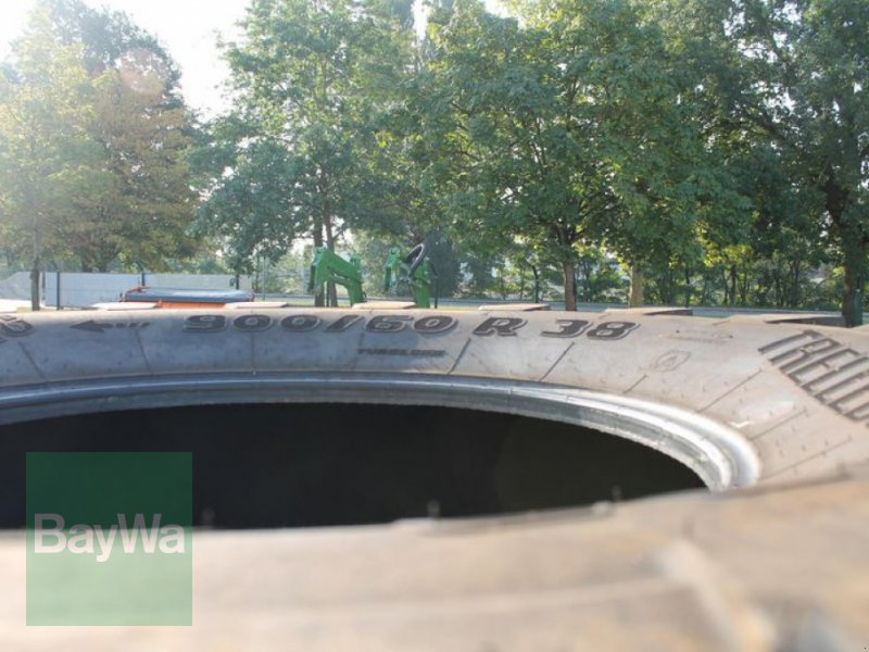 Reifen des Typs Trelleborg 900/60 R38, Gebrauchtmaschine in Straubing (Bild 4)