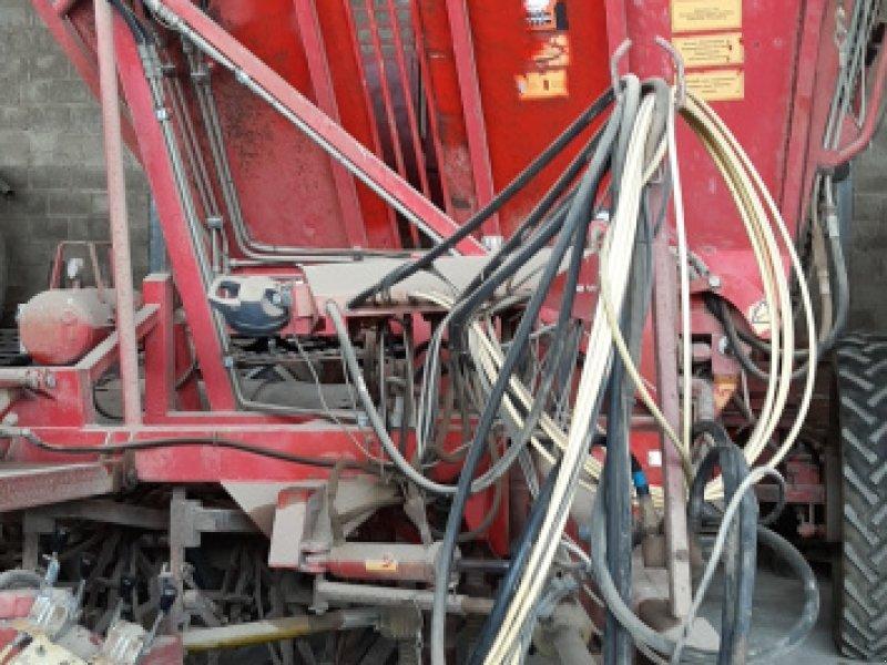 Rübenroder des Typs Tim 7035/7045, Gebrauchtmaschine in Nordrhein-Westfalen - Zülpich (Bild 1)