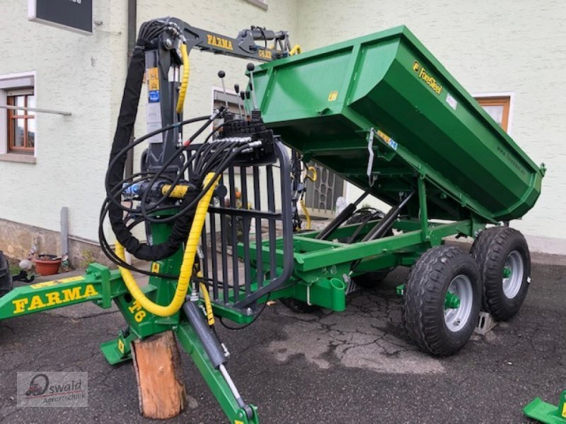Rückewagen & Rückeanhänger des Typs Farma CT4,2-6, Neumaschine in Regen (Bild 1)