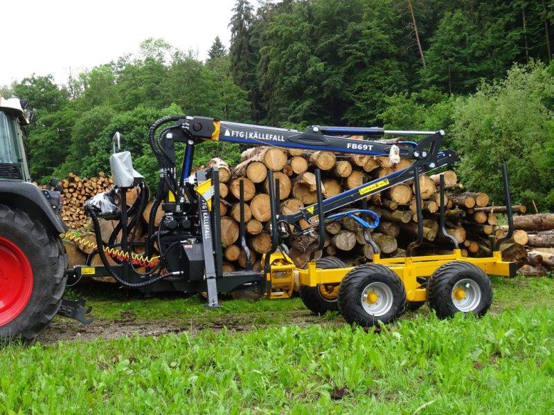 Rückewagen & Rückeanhänger des Typs Källefall FB100 FB69T, Neumaschine in Happurg (Bild 1)