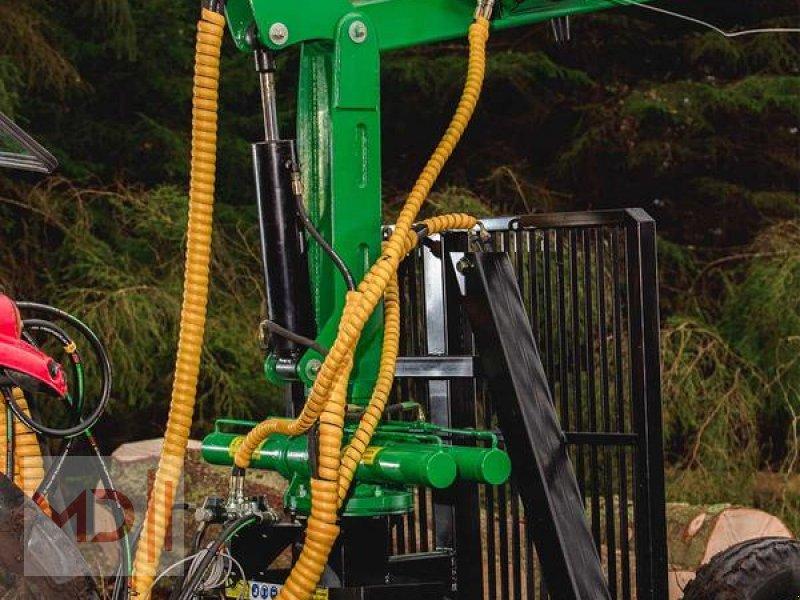 Rückewagen & Rückeanhänger des Typs MD Landmaschinen Kellfri Rückeanhänger 8T GLP57 Gerader Arm, Neumaschine in Zeven (Bild 3)