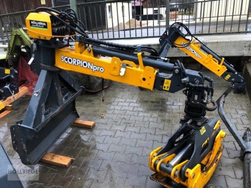 Rückezug des Typs Uniforest Scorpion pro 3, Neumaschine in Hohenburg (Bild 1)