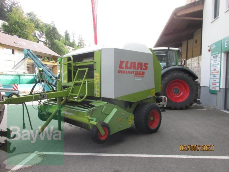 Rundballenpresse des Typs CLAAS Rollant 250 RC, Gebrauchtmaschine in Erbach (Bild 1)